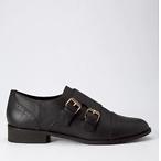 黑色低跟鞋