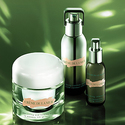 La Mer: Free 4-pc Deluxe Sample with $150 Purchase