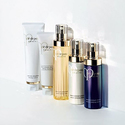 Cle de Peau Beaute: Valued $135 Gift Set & 4 Free Samples with Any $350 Purchase