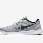 RN Motion Flyknit Women's