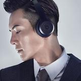 Beats Solo3 Wireless On-Ear Headphones - Black