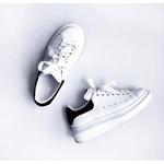 Luisaviaroma: Alexander McQueen运动鞋折扣高达15% OFF