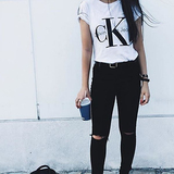 Calvin Klein 经典LOGO 短袖