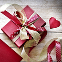 10% OFF on Valentine's Day Gifts for Her