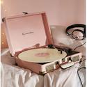Crosley X UO 合作款行李箱便携黑胶唱片播放器