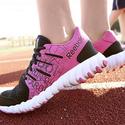 Reebok: Extra 50% OFF Twistform Sneakers