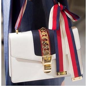 Farfetch:10% OFF on Gucci Hangbags