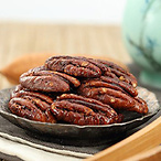 Be & Cheery Pecan Nuts
