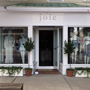Joie: Extra 25% OFF Site Wide