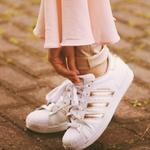ebay: adidas Superstar 休闲运动鞋折扣高达 60% OFF
