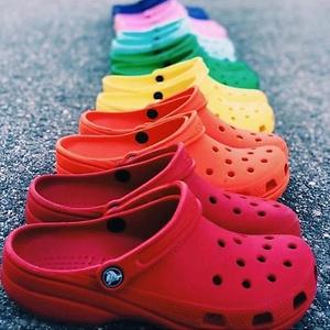 Crocs: 30% OFF Summer Favorites