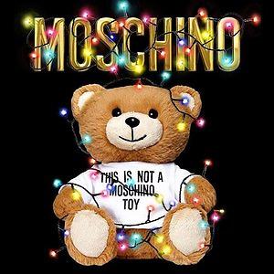 YOOX.COM: Up to 80% Off Moschino Sale