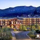 4星猛犸湖瞻博温泉度假酒店 赏红叶滑雪度假了解一下