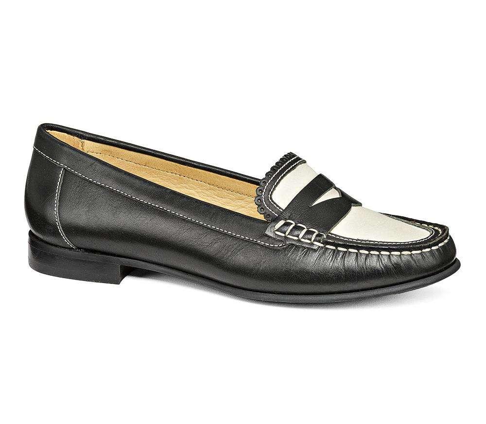 拼色乐福鞋