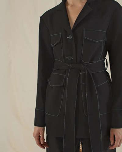 腰带西装外套