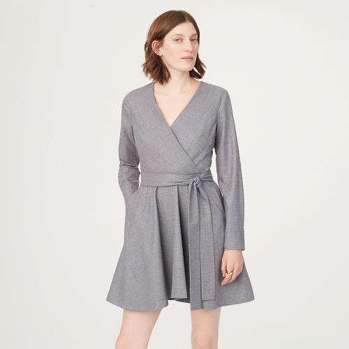 V领连衣裙