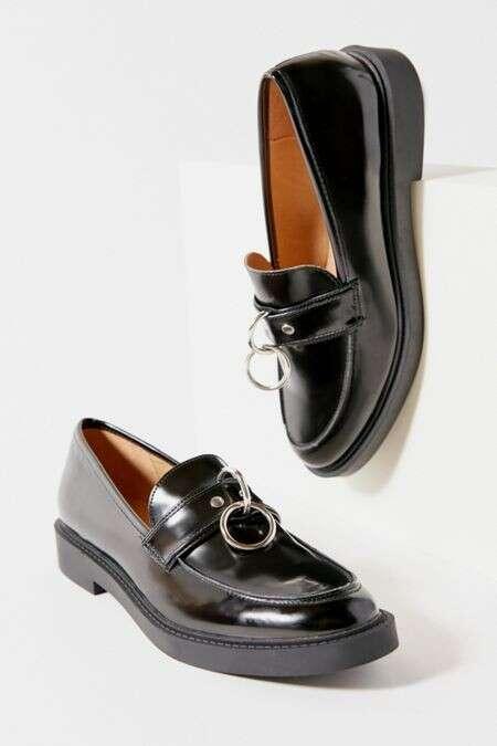 UO Joan O-Ring 乐福鞋
