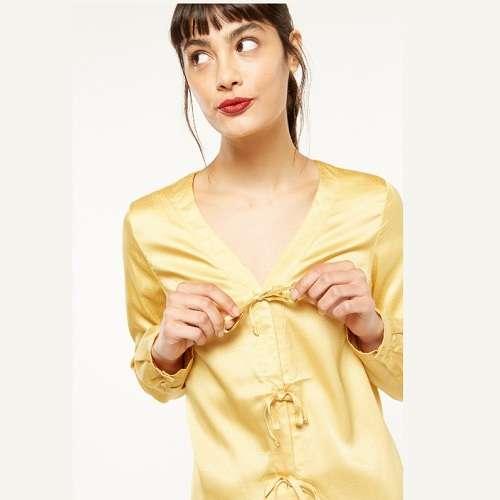 Daphnea 黄色缎面系带上衣