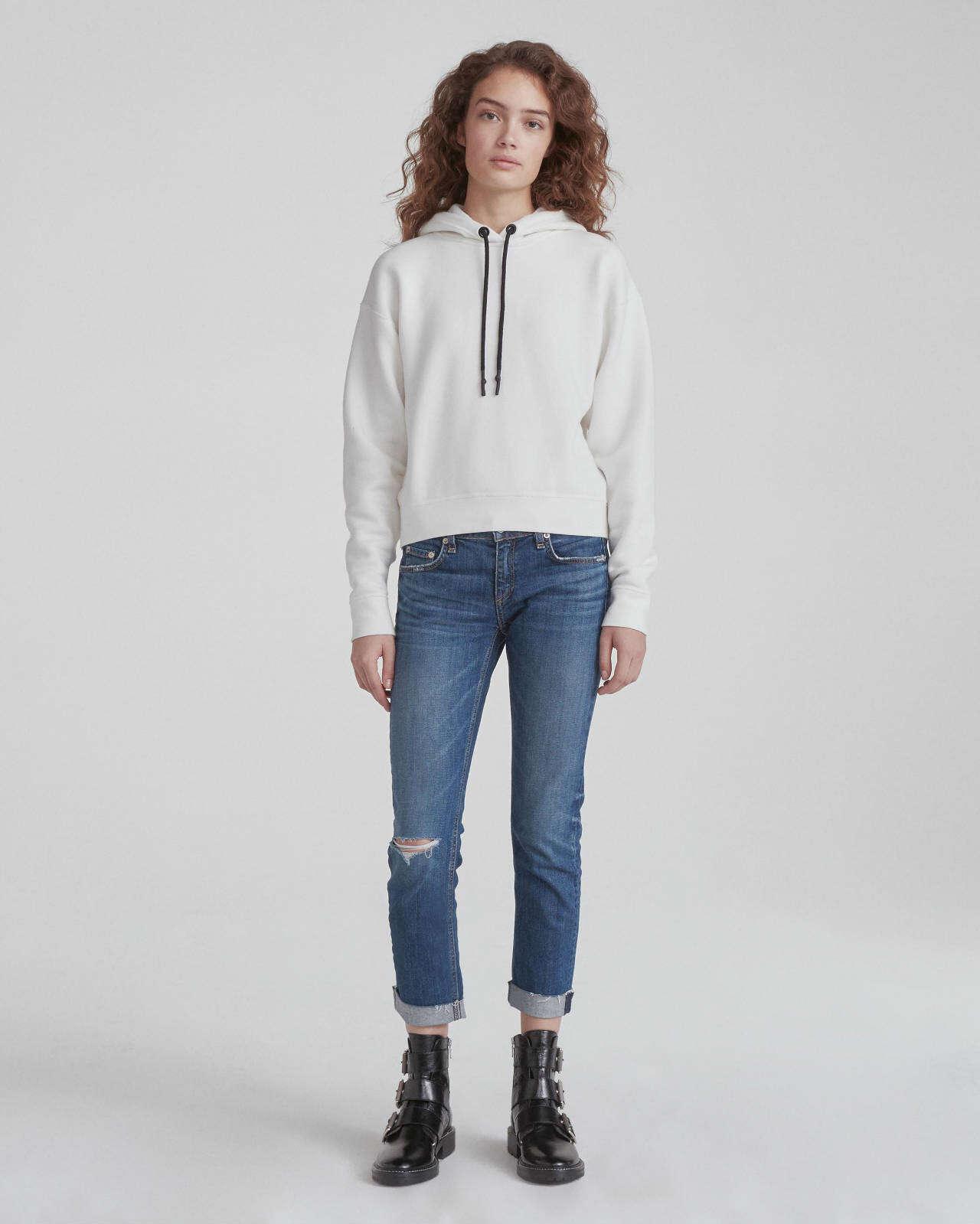 Low-Rise Slim 牛仔裤